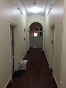 A single room, 33 Caporn Street, Crawley Crawley Nedlands Area Preview
