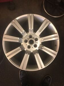 two 22 inch Range Rover alloy wheels. CHEAP