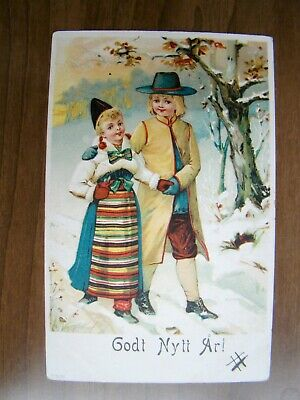 Swedish Rattvik Dalarna folk costume postcard couple out for a walk in the snow](Costumes For A Pair)
