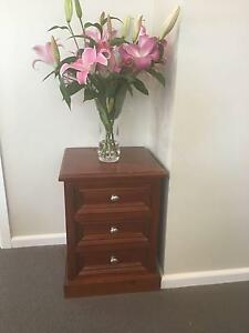 2 x bedside tables Yowie Bay Sutherland Area Preview