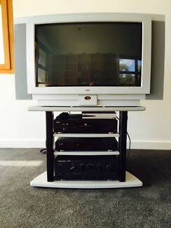 Loewe TV with stand Royalla Queanbeyan Area Preview