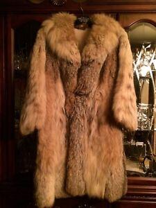 2 manteaux de fourrure à vendre