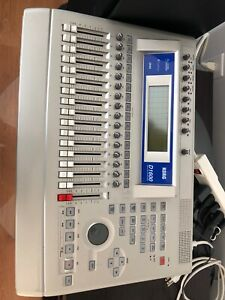 Korg D1600 MIXER