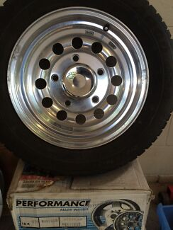 Polished alloy rims suit Land Rover/ Discovery Wanguri Darwin City Preview