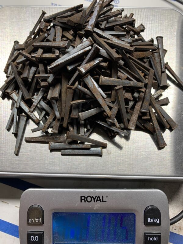 "1 1/4"" Square Cut Nails 1.5 Lbs +"