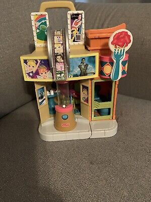 Fisher Price Sweet Streets Movie Theater