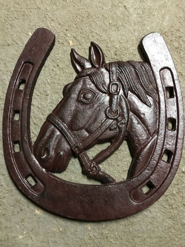 CAST IRON LUCKY HORSESHOE