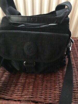 KIPLING SMALL/MEDIUM BAG IN EXCELLENT USED CONDITION