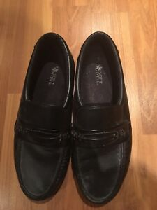Men's loafers size 10