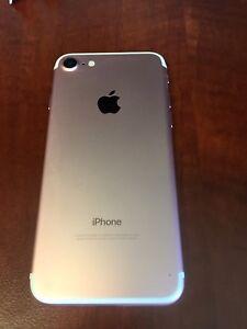 iPhone 7. 128 gb. Rose gold