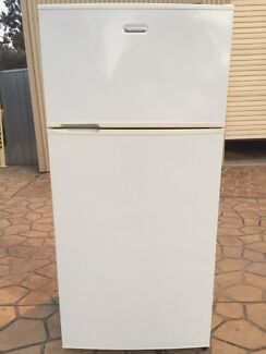 Simpson 520L Fridge Grasmere Camden Area Preview