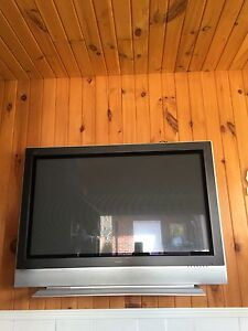 """42 """" flat panel tv 1080p with remote"""