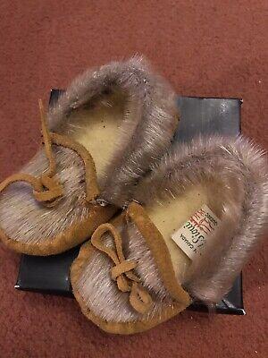 Vintage Rare A M Sioui Native American Huron Tribe Quebec Babys Fur Moccasins