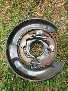 Toyota Landcruiser 80 series complete brake plate, vgc. Brinsmead Cairns City Preview