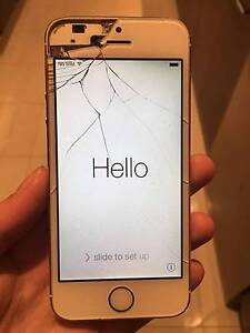 Apple iPhone 5s - 64GB Gold -Screen damage but fully functional Sydney City Inner Sydney Preview