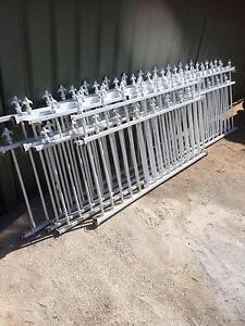 Steel front fence and gate Casula Liverpool Area Preview