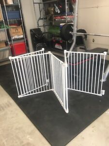Pet fence baby gate
