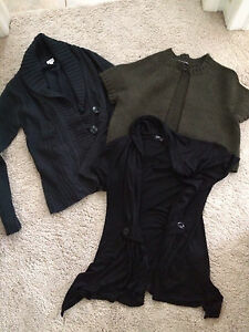 Group of Ladies Clothing, 16 items, size med Cambridge Kitchener Area image 3