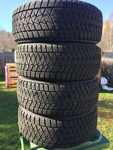 p235/55/18 inch Bridgestone Winter Tires / LOTS OF TREAD