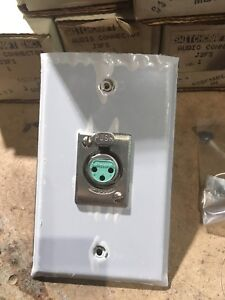 Switchcraft XLR wall plate (5 total)