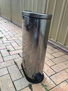 Polished/shiny Stainless Steel Pedal bin Hornsby Hornsby Area Preview