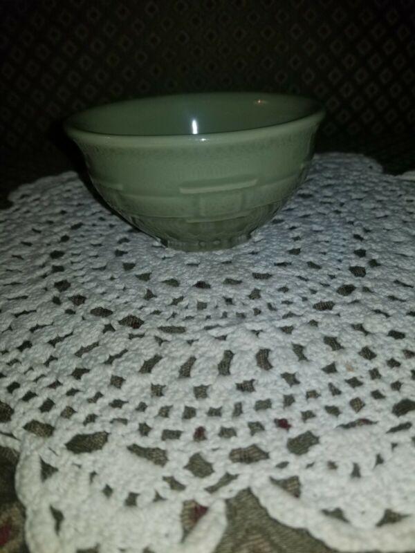 Longaberger Woven Traditions Pottery Sage Green Dessert Bowl~USA~EUC