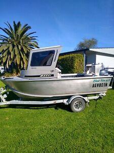 2010 Bluefin Plate Boat Removable Cabin