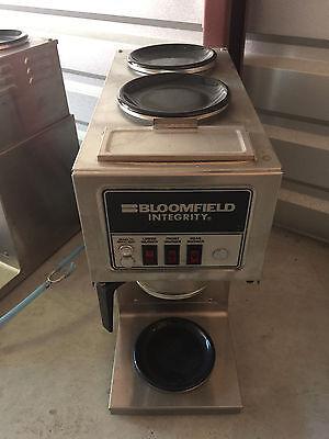 Bloomfield 9003 Automatic Carafe Coffee Brewer 2u1l Warmers