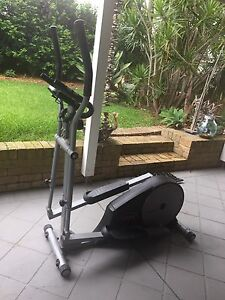 York Fitness Elliptical 3400 Caves Beach Lake Macquarie Area Preview
