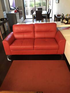 100% leather 4  Seater with chase perfect condition.
