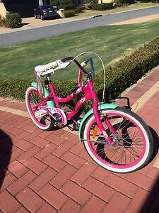 Schwinn girls 20inch bicycle Ocean Reef Joondalup Area Preview