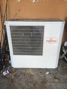 Large split system Fujitsu air conditioner - external unit only Elanora Heights Pittwater Area Preview