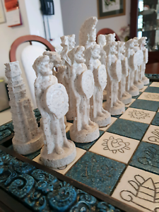 Chess set Mexican Aztecs vs Spaniards Lyons Woden Valley Preview