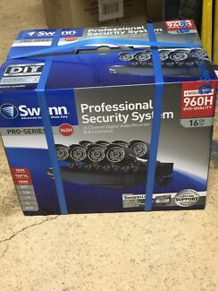 Pro-735 swann professional security system with 8 cameras 16 channel Secret Harbour Rockingham Area Preview