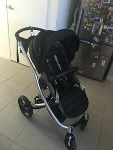 Britax affinity strolle + bassinet Ermington Parramatta Area Preview