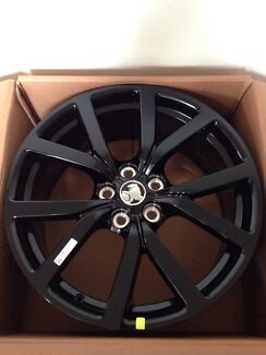 Genuine NEW 20inch HSVI Wheels Black Middle Park Port Phillip Preview