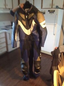 Motorcycle leather race suit