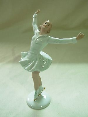 VINTAGE WALLENDORF GERMAN PORCELAIN LADY WOMAN FIGURE ICE SKATER FIGURINE #1438