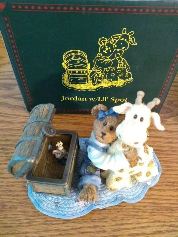 BOYDS Bearstone w Treasure Box JORDAN W LIL