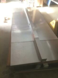 Stainless steel bench top x 4