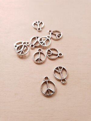 Kleine Charms (10 x Kleine Peace Anhänger * Frieden Hoffnung * Schmuck Basteln Charms Silber)