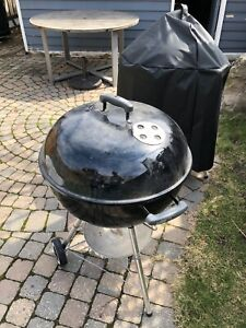 "Weber 18"" charcoal BBQ"