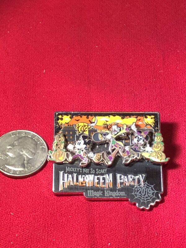 1 Disney Pin 3D Mickey Minnie Goofy Not so Scary Halloween Party As Seen lot BT