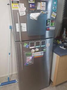 Hisense 436L fridge Mount Louisa Townsville City Preview