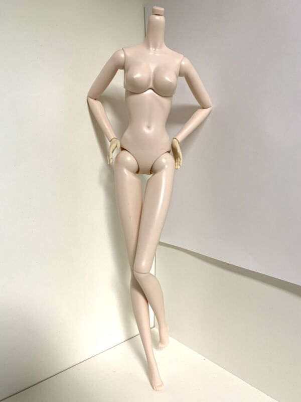 """DIY OOAK Replacement SUPERMODEL Doll Body #1 White Jointed Articulated For 12"""""""