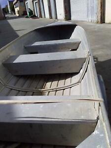 12 ft dinghy