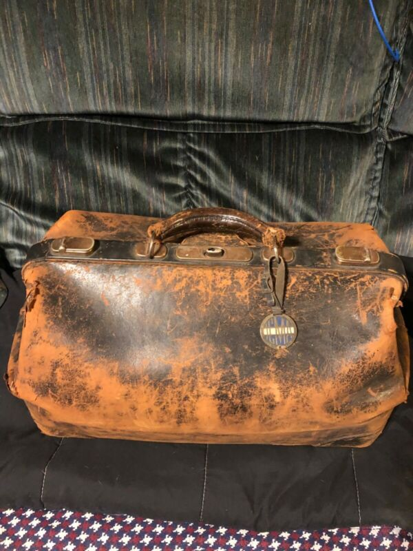 antique 1800s leather travel bag