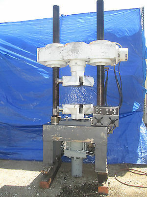 Tinius Olsen 200000 Lb. Tensile Compression Tester With Micrometer Adjustment