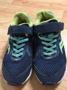 Size 3 Girls Saucony Sneakers