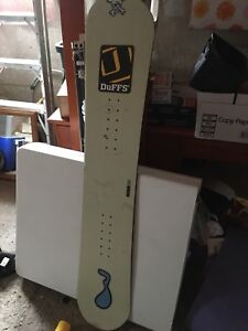 Sims Snowboard 150in great condition